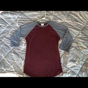 LulaRoe Randy Shirt S